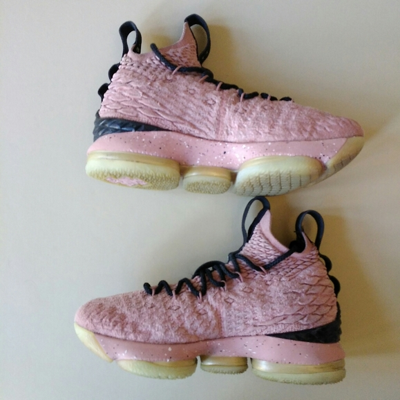 Nike Shoes | Lebron 15 Gs Hollywood